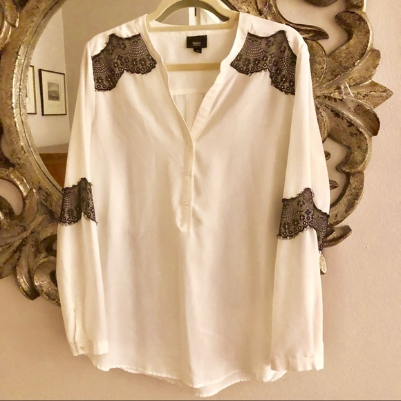 Tops - 50% OFF EVERYTHING Cream/black Lace trim Tunic